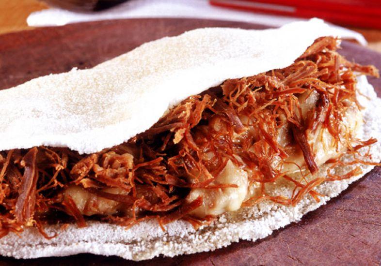 tapioca de carne seca com queijo